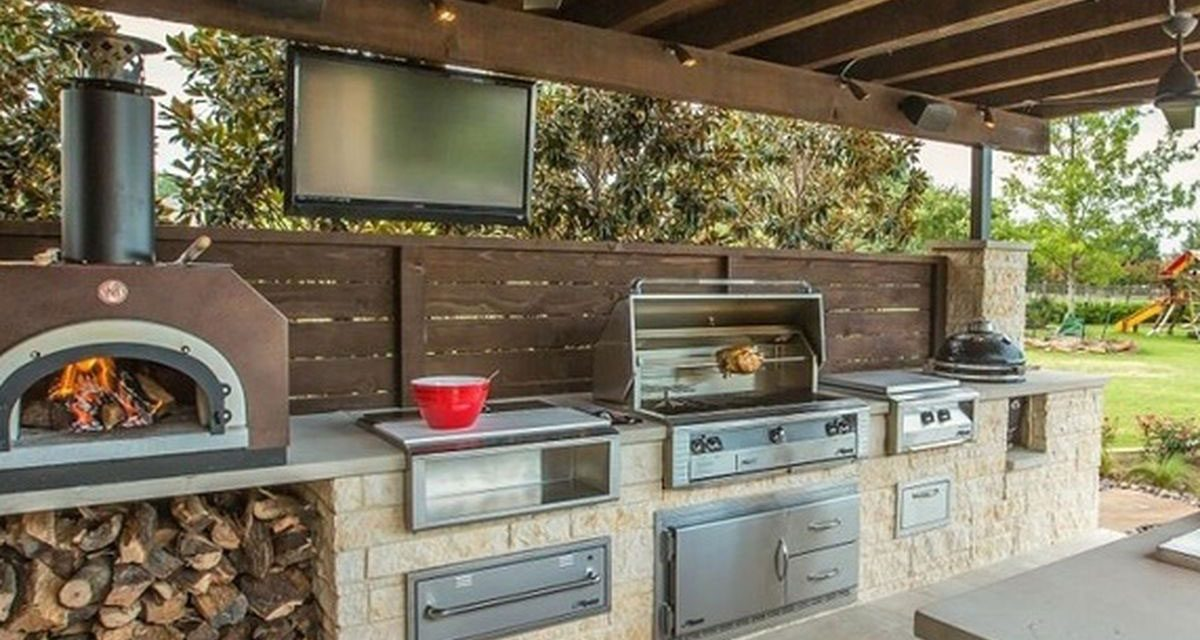 How to Create Your Ultimate Outdoor Kitchen